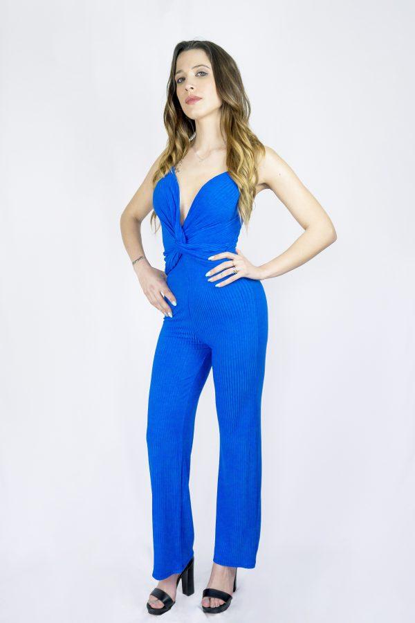 nastistyle-nasti-abbigliamentodonna-negozioonline-shoponline-tuta-blu-fluo-salopette-tutaconpantalone-sandalo-sandalonero