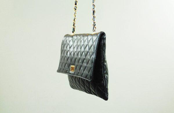 nastistyle-abbigliamentoonline-accessori-borsanera-donna-shoponline-oro