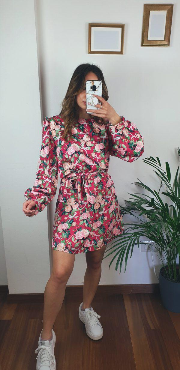 nastistyle-shoponline-abbigliamentodonna-vestito-avitofloreale-abitoconcintura-abitoflowers-abitoclassic-elegante
