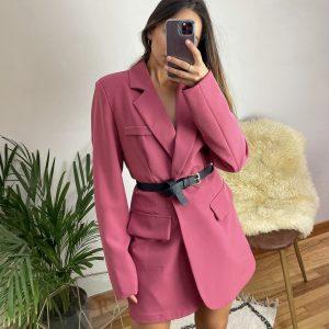 nastistyle-shoponline-abbigliamentodonna-blazernero-blazeroversize-blazerconspalline-giaccablazer-blazerrosa