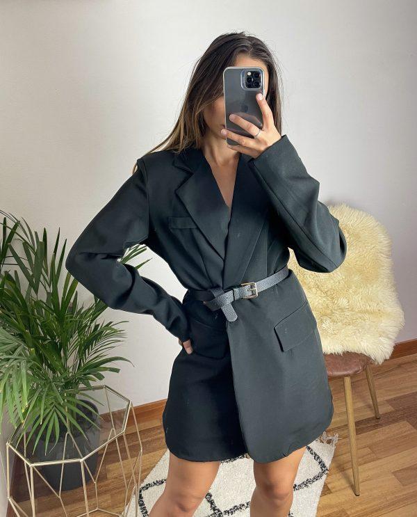 nastistyle-shoponline-abbigliamentodonna-blazernero-blazeroversize-blazerconspalline-giaccablazer